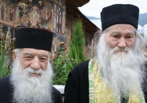 parintii Gheorghe Calciu si Iustin Parvu